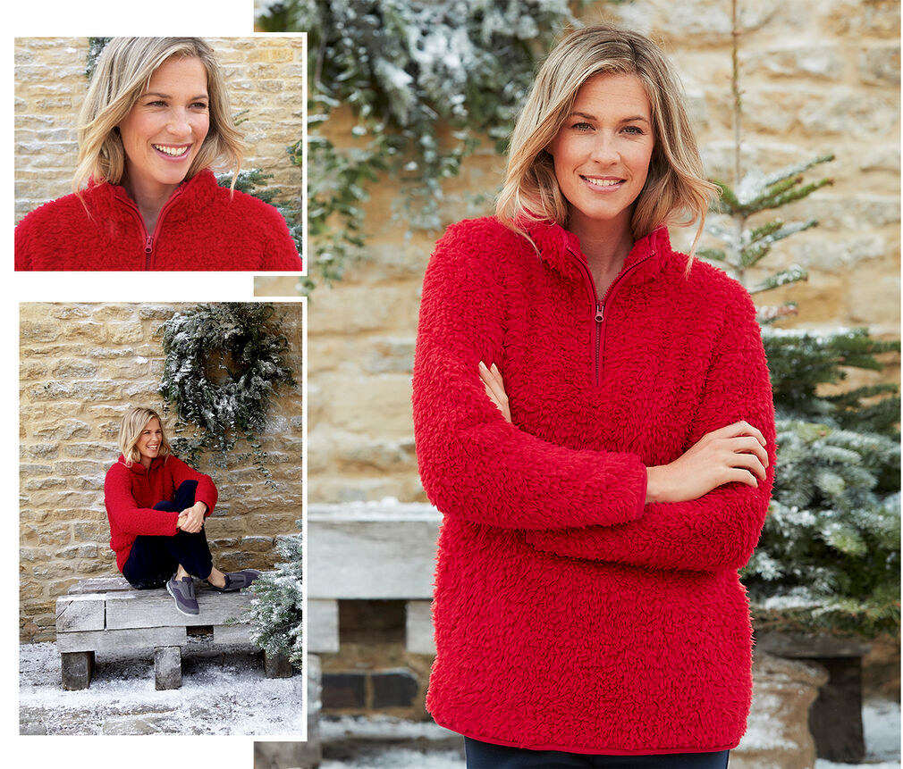 Creating Christmas   Cosy Fleece Top   By Cotton Traders