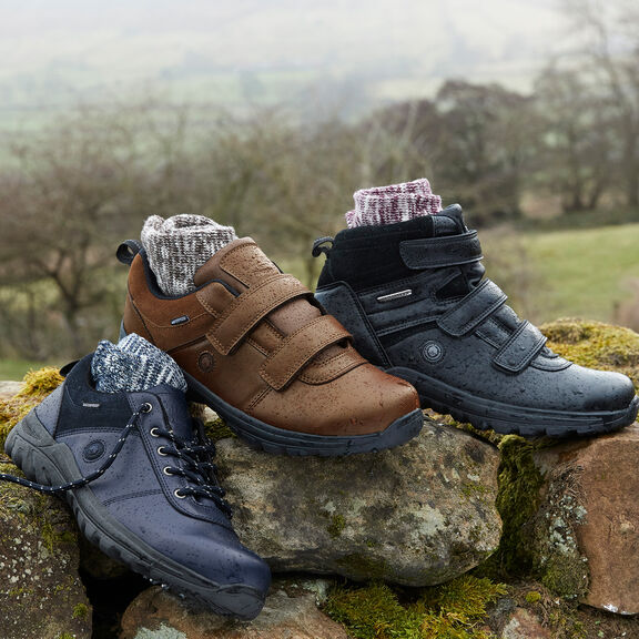 Step Outdoors!   By Cotton Traders