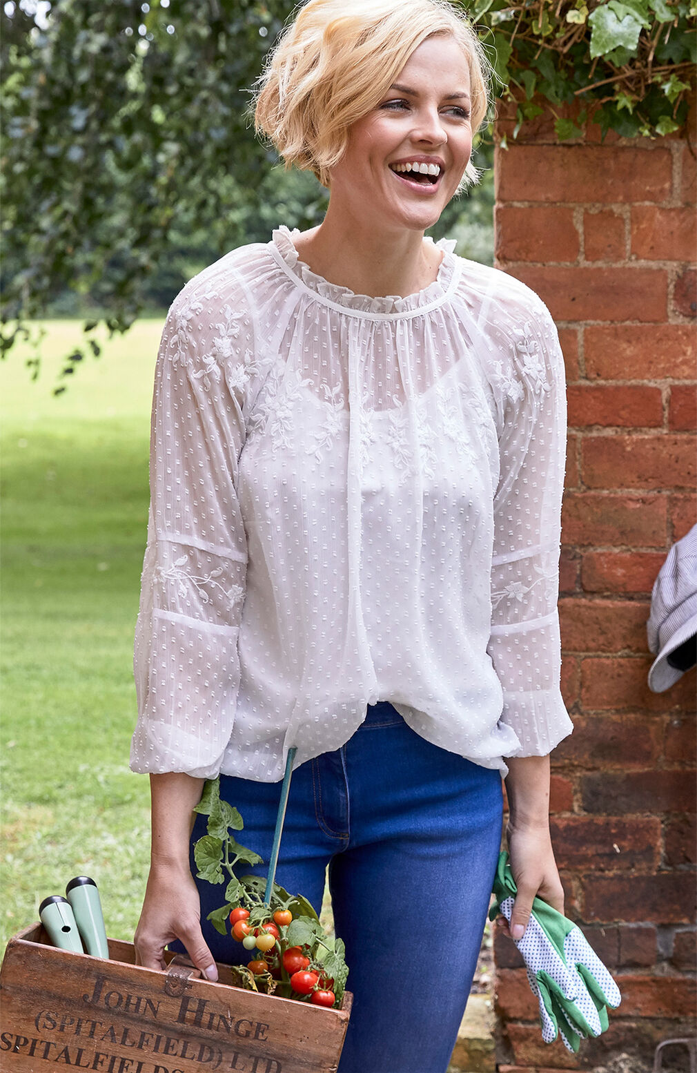 The Blissful Blouse | Embroidered Long Sleeve Blissful Blouse | The Skinny Jeans | By Cotton Traders