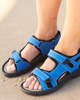 Strider Sandals