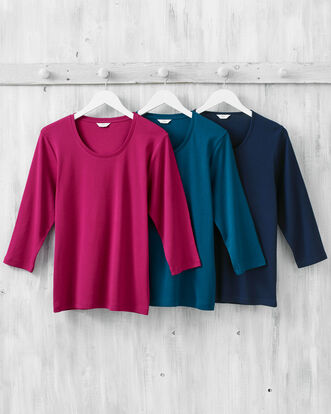 Wrinkle Free 3/4 Sleeve Scoop Neck Top